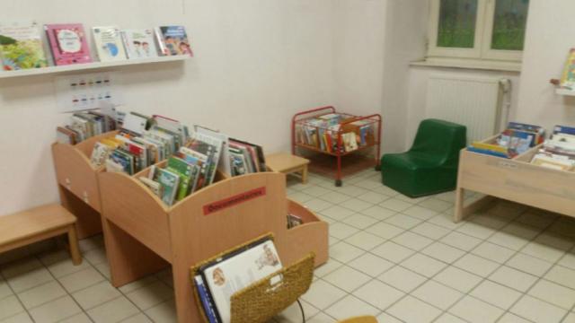 salle lecture enfants bibliothèque de Saillans