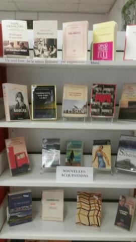 Etagère Nouveautés bibliothèque de Saillans
